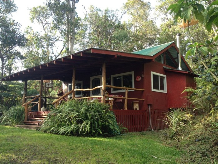10 amazing cabins in hawaii for Hawaii package homes