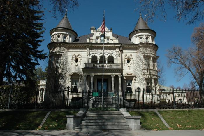 10. Thomas Kearns Mansion