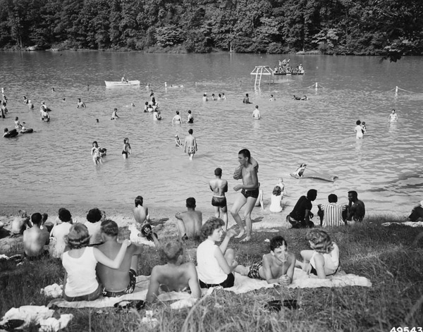 These 13 photos of ohio in the 1960s are mesmerizing for Lake vesuvius