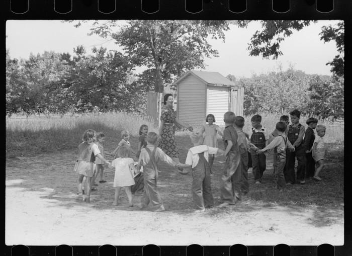 5) Migrant children at nursery school, Berrien County, July 1940.