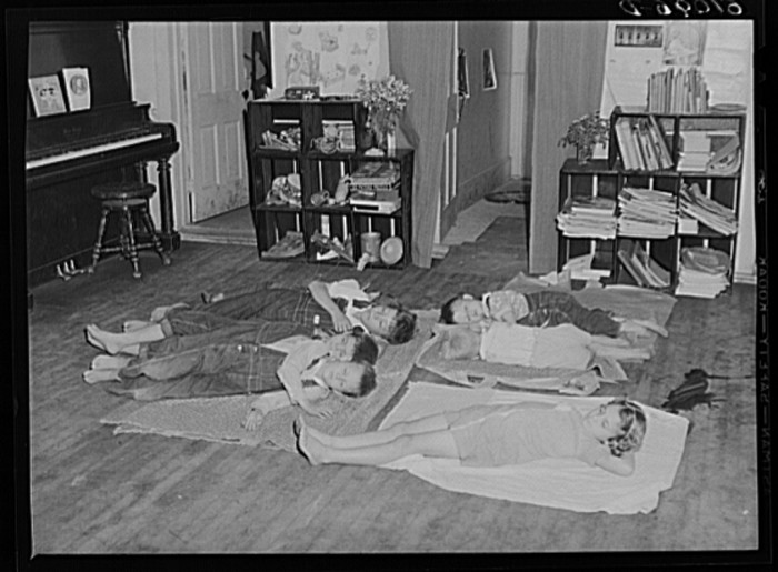 4) Nap time at nursery school for migratory children run by Women's Council for Home Mission, Berrien County, July 1940.