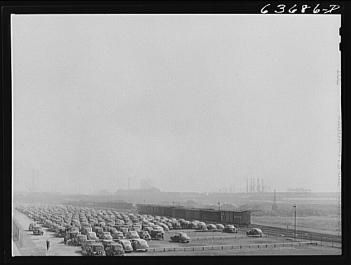 4) River Rouge Plant of Henry Ford, Dearborn, August 1941