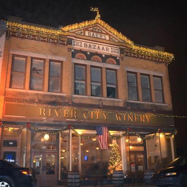 1. River City Winery (New Albany)
