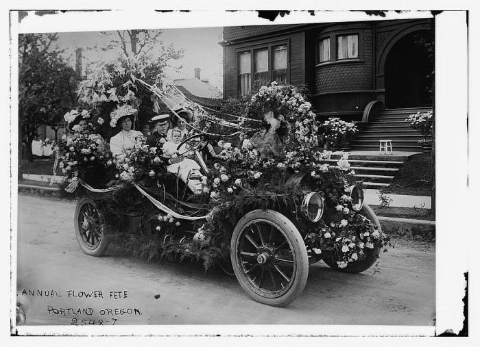 1. Portland Rose Festival Parade