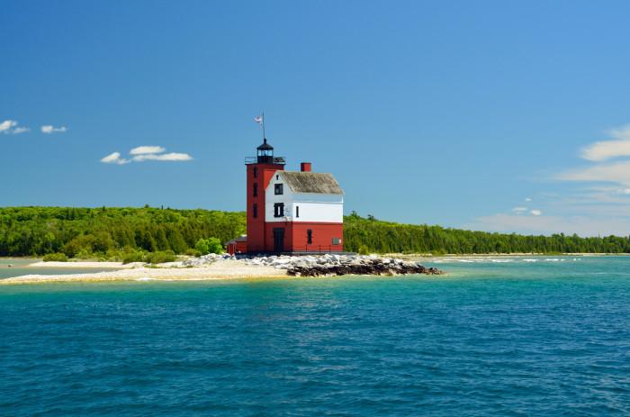 3) Round Island Lighthouse