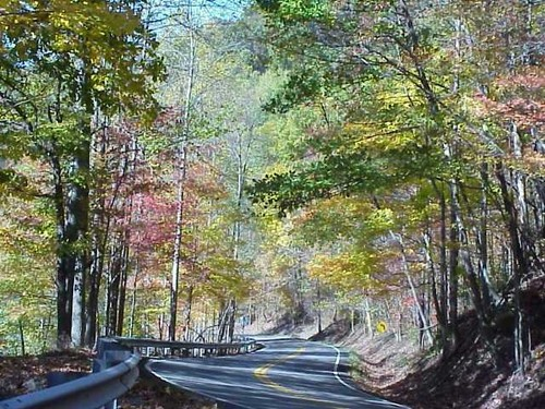 Route 160, east of Lynch takes travelers to a turn off for the summit, which is located in Harlan County near the Virginia border. This gives us a crisp clean view of both Kentucky and Virginia.