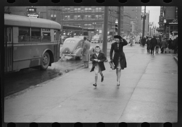 Indy Rain 1940s