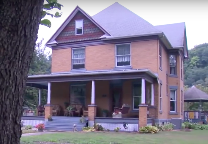 9. The real-life Silence of the Lambs house in Perryopolis