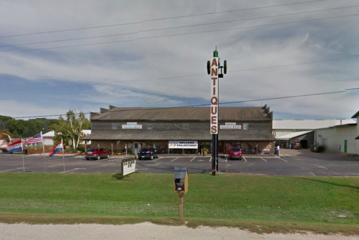 4. Country Side Antique Mall