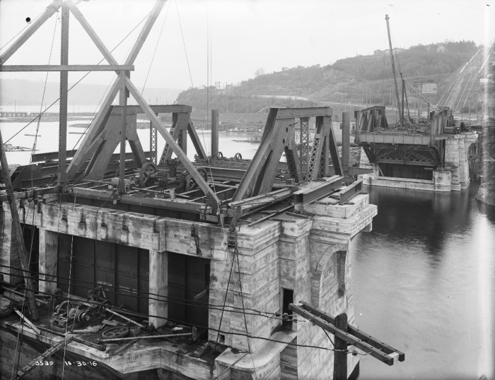 6. This was the Fremont Bridge in Seattle under construction in 1916. Behind the bridge, you can see Queen Anne in the distance.