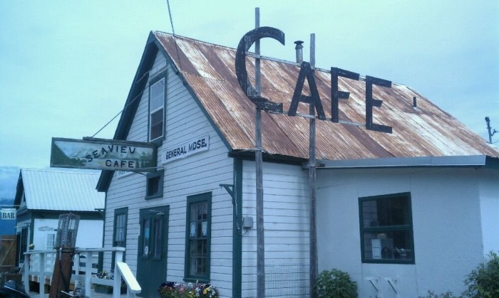 10) Seaview Cafe