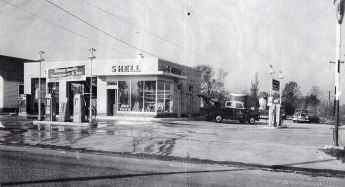 7. Shell Station, 1950