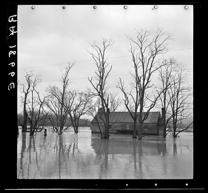 """14. Flood waters cover a farm in the Shenandoah Valley after """"The Great Spring Flood"""" of 1936."""