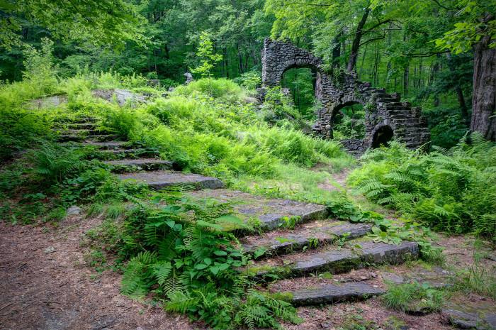 3. Madame Sherri's Staircase, Chesterfield