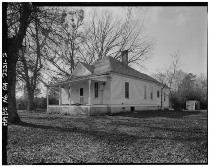 1. The Ghosts of Tatum House