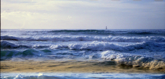 15) The tide rolls in at Polihale Beach.