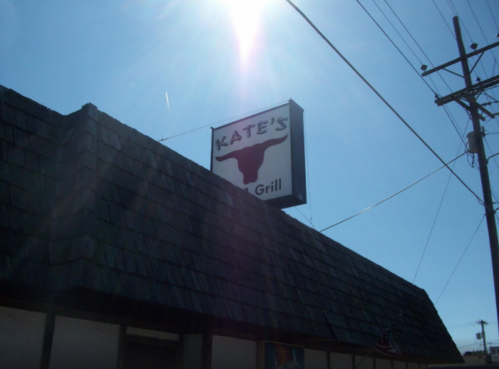 4. Kate's Bar and Grill (Dodge City)