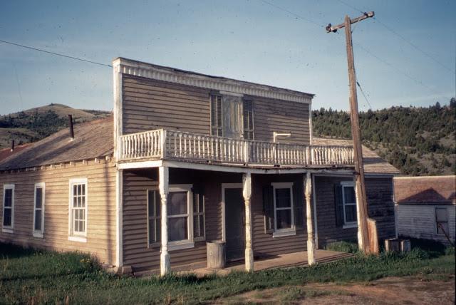 2. Bonanza Inn, Virginia City