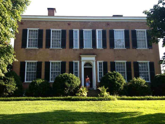 7. Visit historic Bardstown.