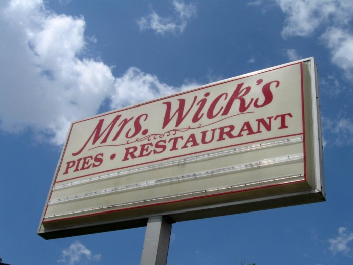 1. Mrs. Wick's Pies (Winchester)