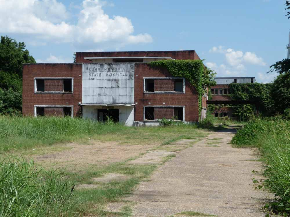 This Creepy Hospital In Mississippi Will Give You Nightmares