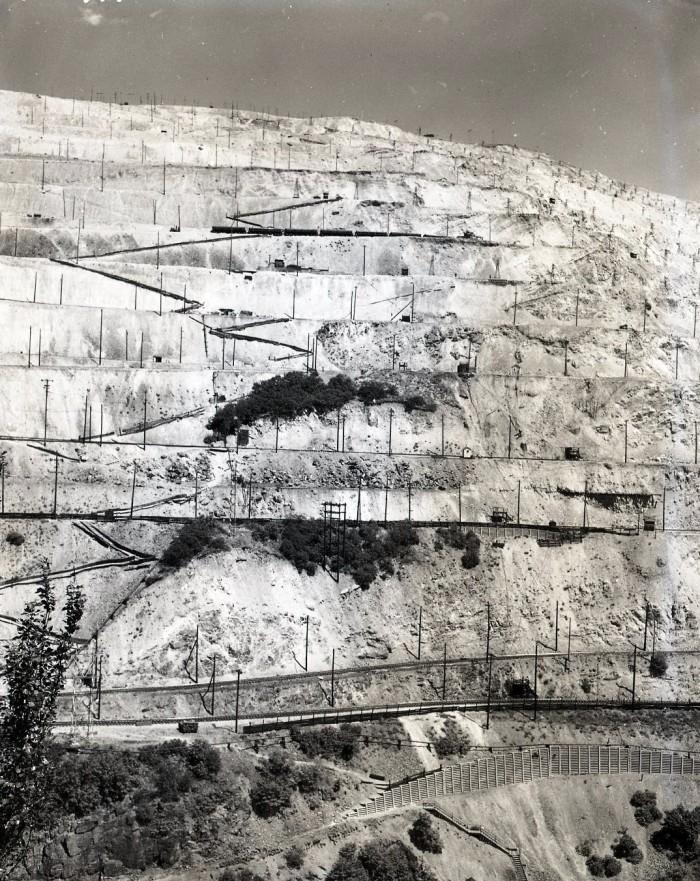 7. Bingham Canyon, 1952