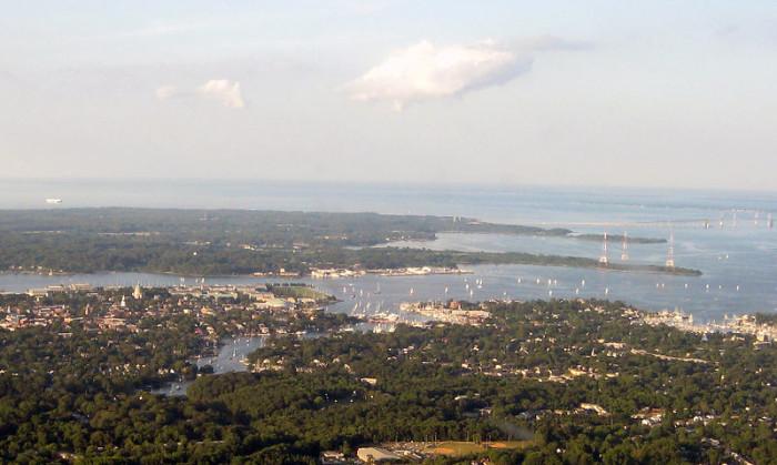10) Tiny sailboats and the Chesapeake Bay Bridge to the right.