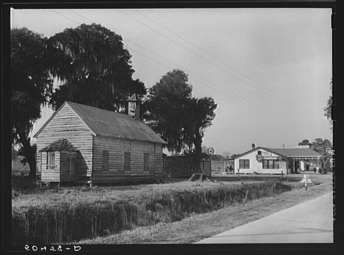 14. Near Jacksonsonboro. 1938.