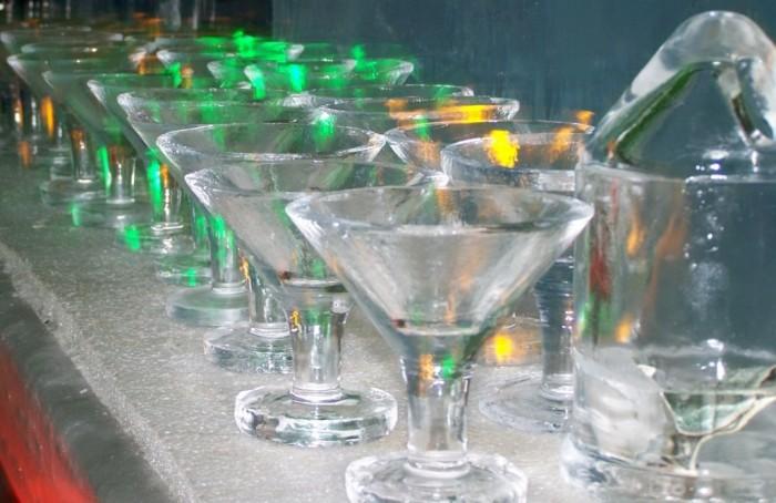 close+up+ice+martini+glasses