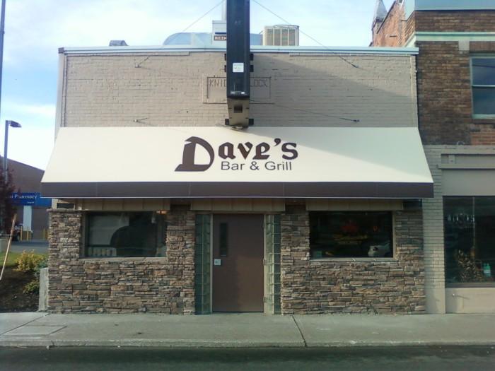 4. Dave's Bar & Grill, Spokane Valley
