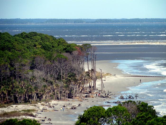 deserted-hunting-island-bobistraveling