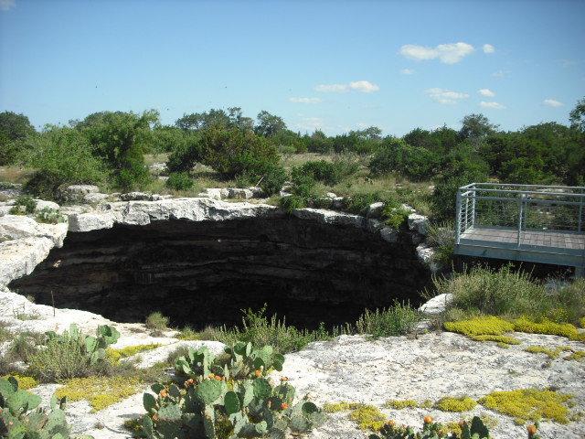 10. Devil's Sinkhole