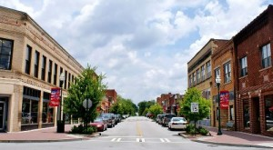 These 8 Towns In Georgia Have The Best Main Streets You Gotta Visit