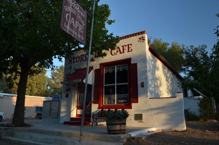 2. Hillsboro General Store Café, Hillsboro