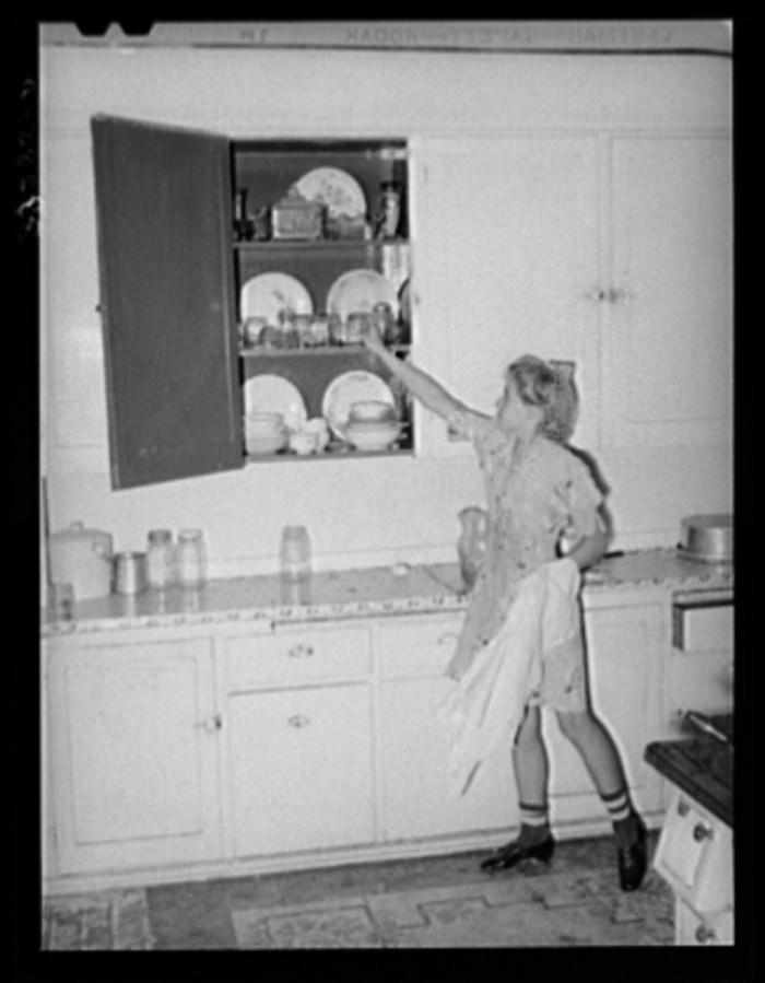 8. Kitchen Chores in Snowville.