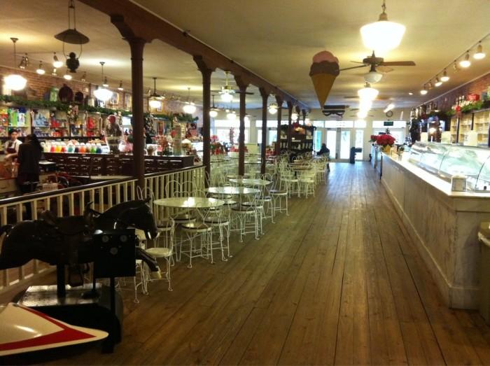 10. La King's Confectionery (Galveston)