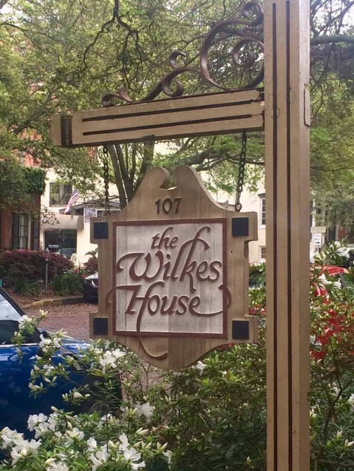 mrs wilkes dining room savannah georgia | 11 Restaurants You Have To Visit In Georgia Before You Die ...