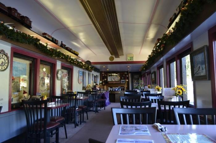mt-rainier-railroad-dining