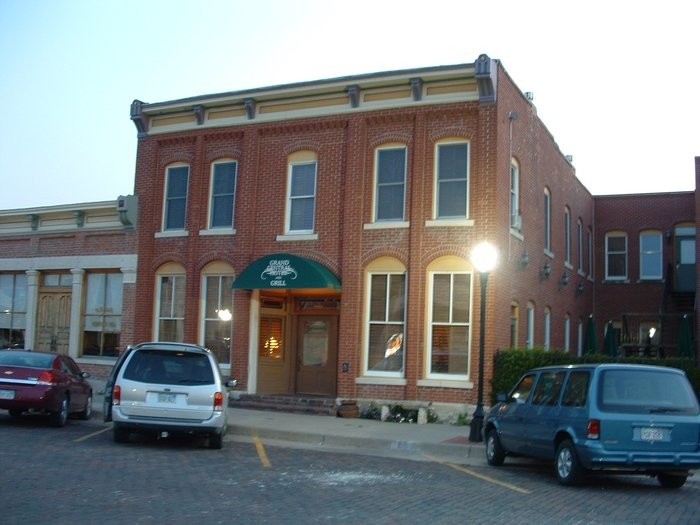 10. Grand Central Hotel & Grill (Cottonwood Falls)