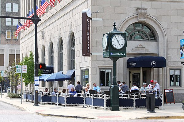 4. Cafe Navarre - 101 N Michigan St, South Bend, IN