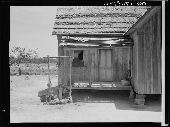 2. This home belonged to a tenant farmer near Newport, Oklahoma.