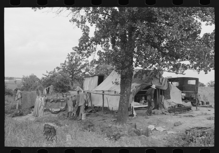 5. The camp of an itinerant statue maker and agricultural day laborer on Poteau Creek near Spiro.
