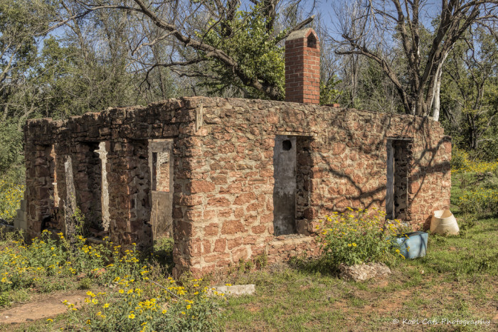 9. This abandoned home in Oklahoma City stands as a reminder of days long gone by. I wonder what story it would tell if walls could talk?