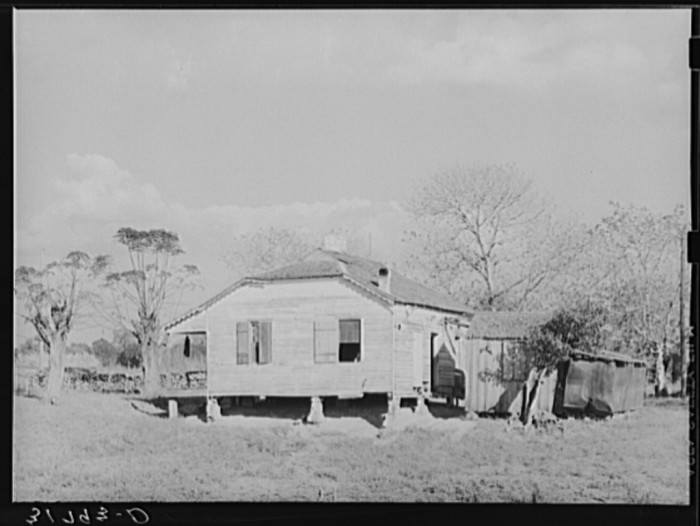 9. Country home in Point Coupee, Louisiana, October 1938