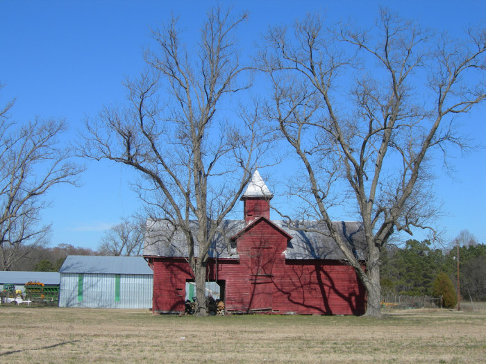 3. Your daily drive involves routinely seeing cool barns like this one.