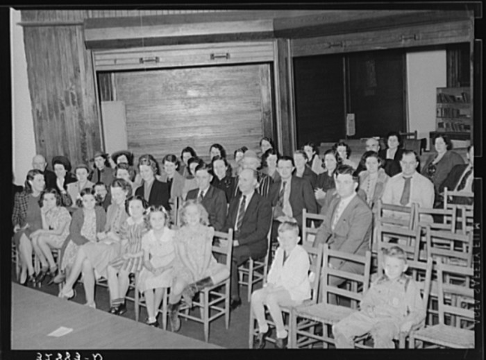 This was a parent-teacher association meeting in San Augustine. (1939)