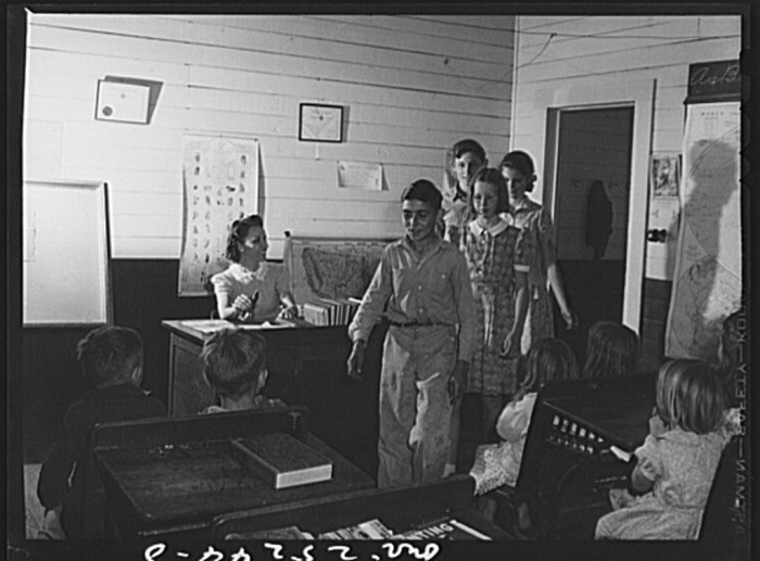 One-room schools were the norm. (San Augustine, 1943)