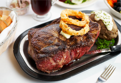 Oregon: The 72oz Steak Challenge at Sayler's Old Country Kitchen (Portland)