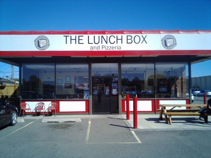 10. The Lunch Box & Pizzeria in Richland may not have a stunning storefront...