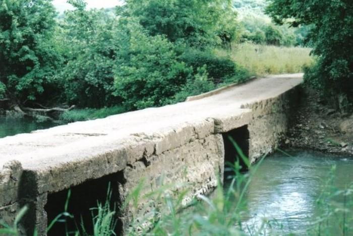 2. Tilly Willy Bridge